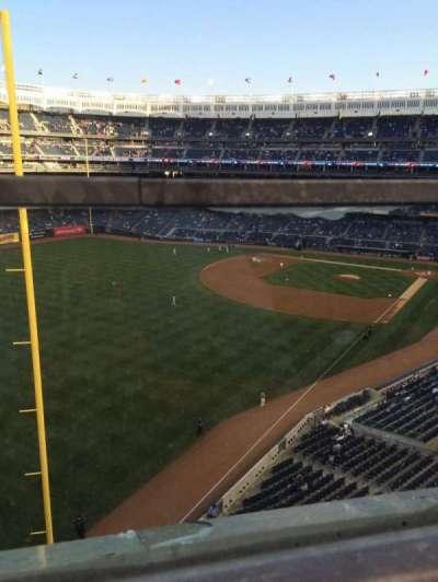 Yankee Stadium, section: 332a, row: 1, seat: 9