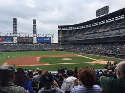 Guaranteed Rate Field, section: 140, row: 30, seat: 3