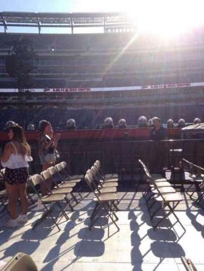 MetLife Stadium, section: 8, row: 26