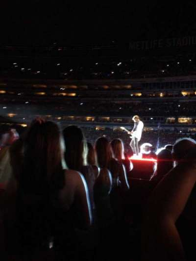 MetLife Stadium section Floor 3