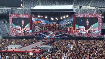 MetLife Stadium, section: 128, row: 12