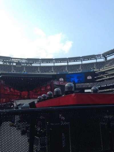 MetLife Stadium, section: 9, row: 31, seat: 41