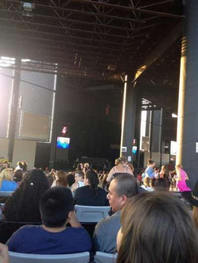 Hollywood Casino Amphitheatre (Tinley Park), section: 207, row: BB, seat: 10