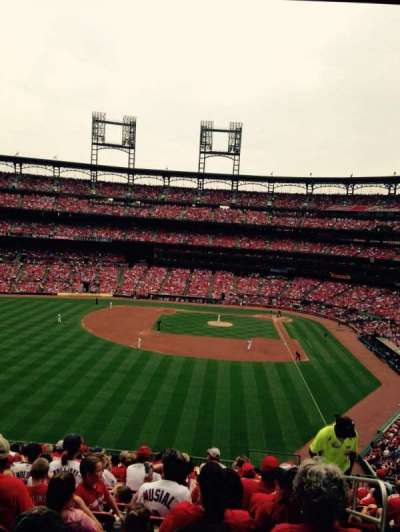 Busch Stadium, section: 272, row: 14, seat: 1
