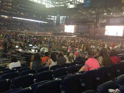 Ford Field, section: 125, row: 9, seat: 6
