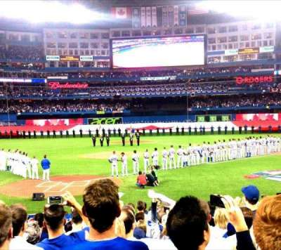 Rogers Centre, section: 120L, row: 17, seat: 107