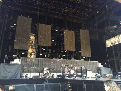 Hollywood Casino Amphitheatre (Tinley Park), section: 103, row: H, seat: 31