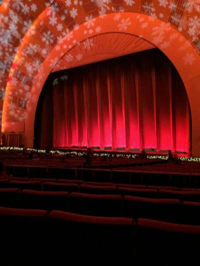 Radio City Music Hall, section: orchestra 2, row: b, seat: 203