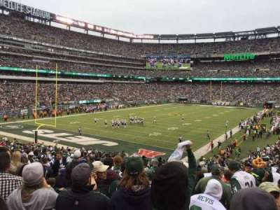 MetLife Stadium, section: 123, row: 31, seat: 4