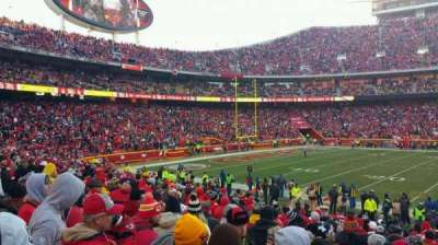 Arrowhead Stadium, section: 102, row: 17, seat: 18