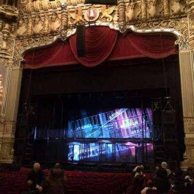 Oriental Theatre, section: Orchestra, row: U