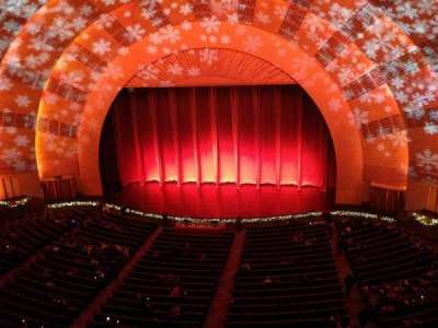 radio city music hall, section: 3rd Mezzanine 3, row: a, seat: 305