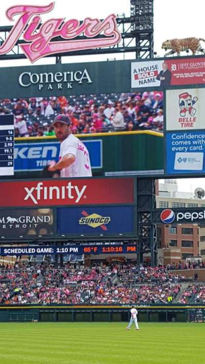 Comerica Park, section: 117, row: 6, seat: 3