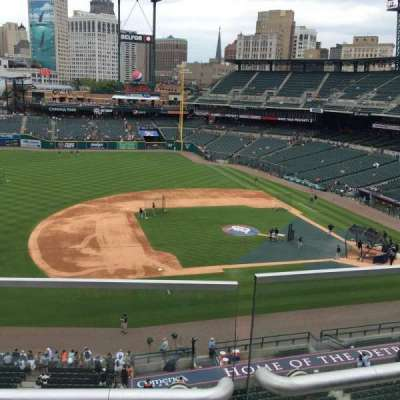 Comerica Park, section: 334, row: B, seat: 18