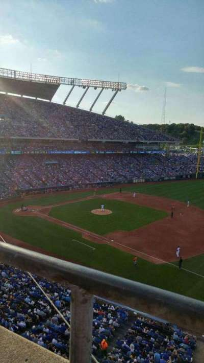 Kauffman Stadium, section: 433, row: A, seat: 7-12
