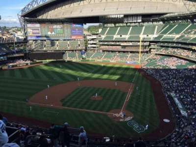 T-Mobile Park, section: 333, row: 11, seat: 16