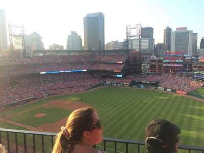 Busch Stadium, section: 437, row: 2, seat: 17