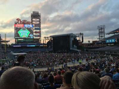 Citizens Bank Park, section: 114, row: 33, seat: 16