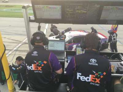 Kentucky Speedway, section: Pit Box