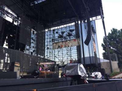 Irvine Meadows Amphitheatre, section: Orchestra Pit, row: 2, seat: 72