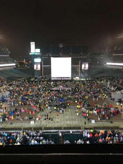 Lincoln Financial Field, section: M11, row: 13, seat: 20