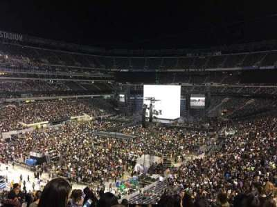 MetLife Stadium, section: 221A, row: 12, seat: 10