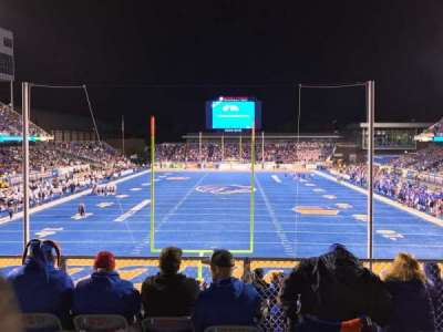 Albertsons Stadium, section: 133, row: B, seat: 13