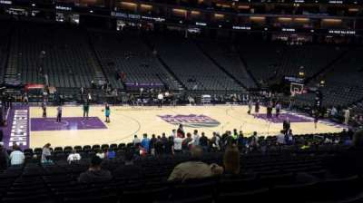Golden 1 Center, sección: 121, fila: L, asiento: 16