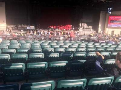 Starplex Pavilion, section: 203, row: T, seat: 18