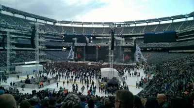 MetLife Stadium, section: 123, row: 36, seat: 17