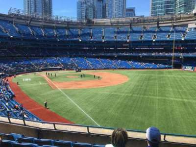 Rogers Centre, section: 211L, row: 6