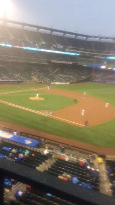 Citi Field, section: 309, row: 1, seat: 4