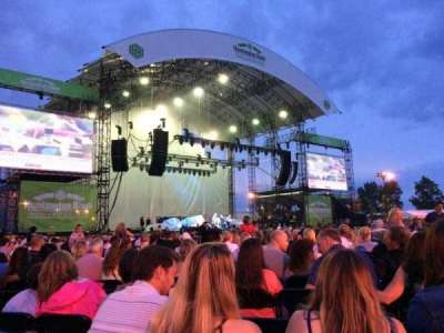 Huntington Bank Pavilion at Northerly Island, section: 206, row: M, seat: 16