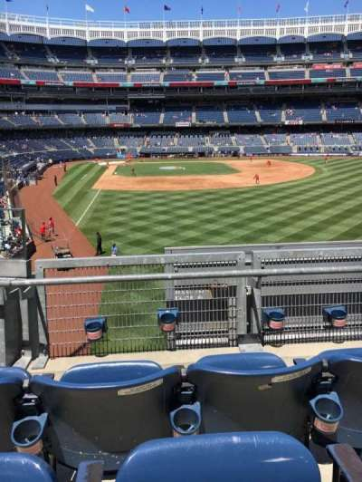 Yankee Stadium, section: 206, row: 3, seat: 13