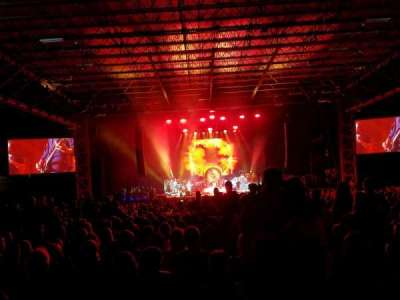 Hollywood Casino Amphitheatre (Tinley Park), section: 103, row: RR, seat: 129