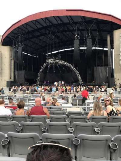 Jones Beach Theater, section: E, row: Nn , seat: 21