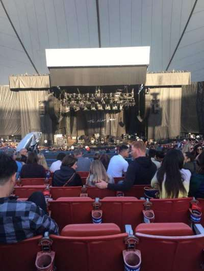 Shoreline Amphitheatre, section: 202, row: L, seat: 23