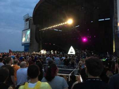 Jones Beach Theater, section: ORCHG, row: FF, seat: 13