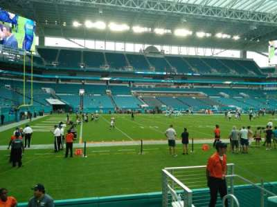 Hard Rock Stadium, section: 122, row: 4, seat: 4