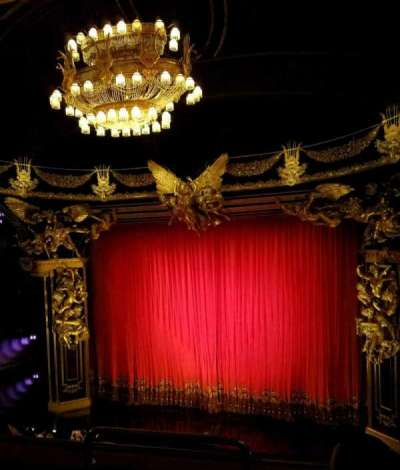 Majestic Theatre, section: front mezz right, row: C, seat: 2