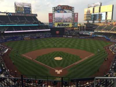 Citi Field, section: 415, row: 4, seat: 1