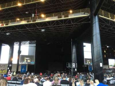 Hollywood Casino Amphitheatre (Tinley Park), section: 206, row: FFF, seat: 7