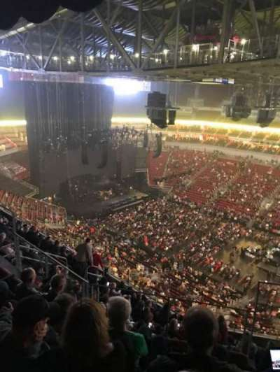 KFC Yum! Center, section: 321, row: L, seat: 5