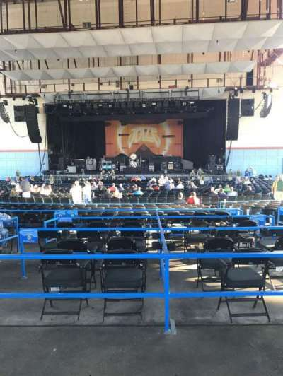Riverbend Music Center, section: 800, row: AA, seat: 510