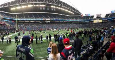 CenturyLink Field, section: 139, row: D, seat: 12