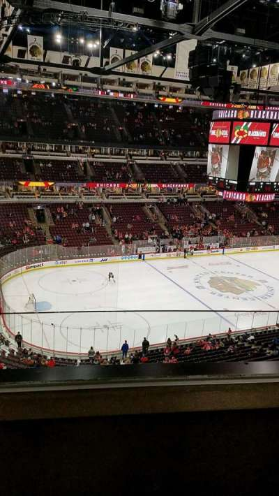 United Center, section: 321, row: 2, seat: 3