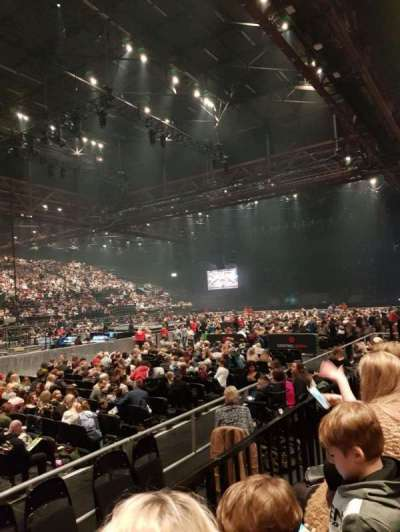 Genting Arena, section: 5, row: B, seat: 125