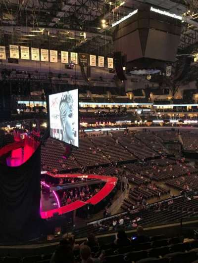 American Airlines Center, section: 221, row: G, seat: 5