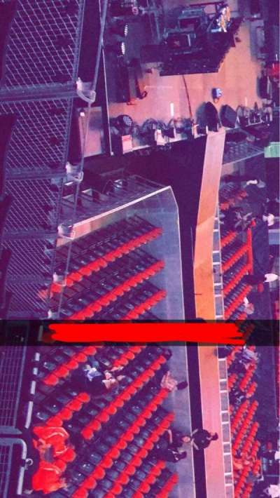 KeyArena, section: 125, row: 17, seat: 8