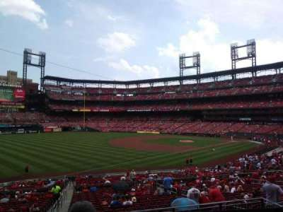 Busch Stadium, section: 163, row: 22, seat: 21